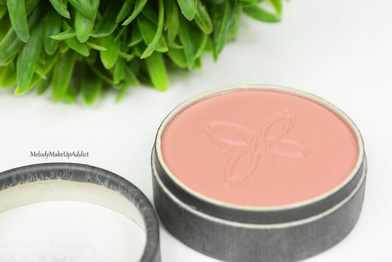 blush boho green makeup